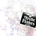 MysticFlakes オーロラホワイト フラワー 0.5g