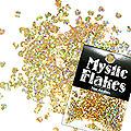 MysticFlakes ホロスパークゴールド ミニハート 0.5g