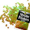 MysticFlakes カメレオンワインレッド ミニハート 0.5g