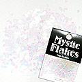 MysticFlakes パステルホワイト ティアドロップ 0.5g