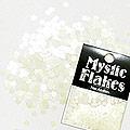 MysticFlakes パステルヴァイオレット フラワー 0.5g
